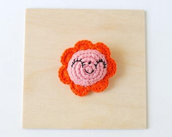 Happy Pink Flower Crochet Brooch | Handmade Crochet Pin, Handmade Brooch, Flower Brooch, Flower Pin, Pin Collector, Yarn Pin, Yarn Brooch