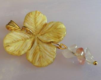 True four-leaf clover lucky charm . Vero quadrifoglio portafortuna