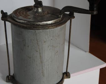 Antique Universal Family Butter Churn Landers Frary Clark 1915