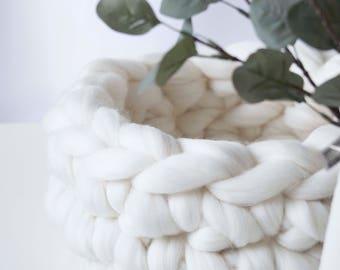 Chunky Knit White Christmas , Scandinavian Christmas decoration , Merino , cosy , minimalist , storage basket ,crochet basket , storing toys