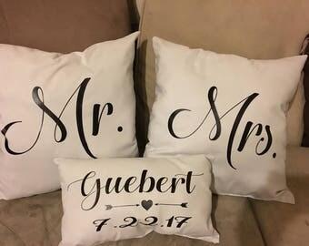 """Mr & Mrs pillows - 10x10'"""""""