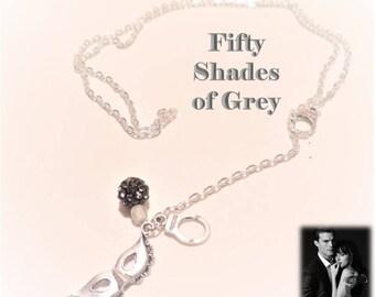 Long cuffs 50 shades of Grey • gray pearls