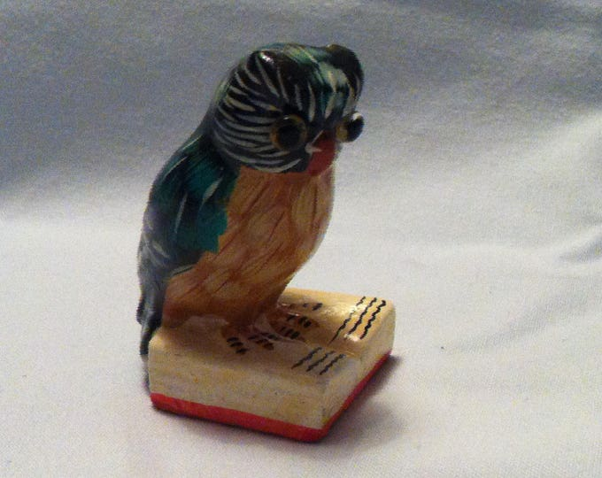 Vintage ceramic Owl glass eyes beautiful deco
