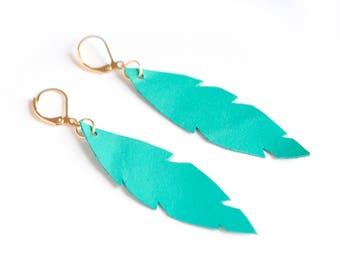 Emerald green leather earrings, bohemian leather earrings, feather earrings, leaf earrings, summer earrings, long feather earrings, boho