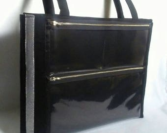 The Sammie - Slip pocket and Extra Back Display