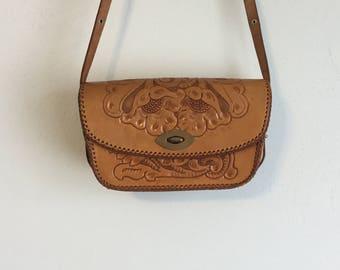 1960s/1970s Vintage Tooled Leather Purse
