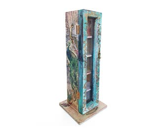 Wooden Cabinet Ornament and Jewellery  Display with botanical print and raised patterns