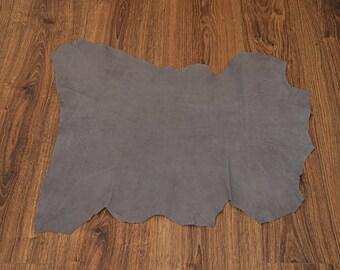 Medium gray lamb leather with velvet finish (9056319)