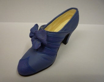 Just The Right Shoe - Class Act 25042 Raine Willitts Designs 1999