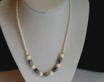 Seed Bead Necklace in Cream and Back/Grey Speckled Beads