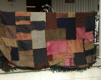 Quilted fleece throw