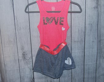 Little Girls shorts and top set SIZE XS/XCH (4-5)