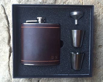 Dark Brown Leather wrapped flask gift set, groomsmen gift, Horween leather, mens gift, fathers day gift