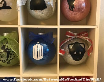 Doctor Who inspired 6 piece Ornament Set