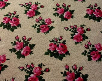 Vintage fabric or pretty vintage pink *.