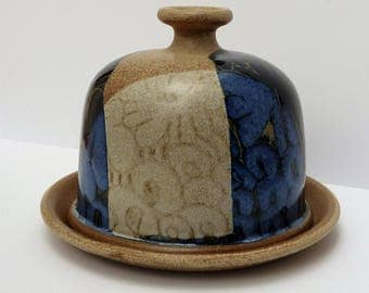 Crich pottery, Diana Worthy - ceramic dome with underplate