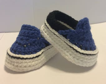 Crocheted Vans Style Baby Shoes - Crochet Vans - Baby Vans - Crochet Sneakers - Baby Shower Gift