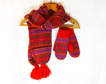 Women's Vintage Red Nordic Scarf & Mittens Matching Knitted Set