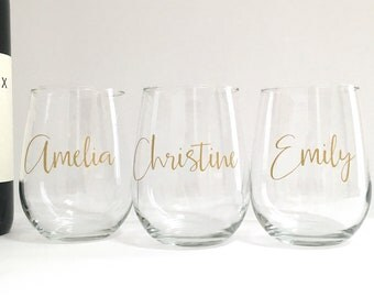 Personalized Stemless Wine Glass - Bridal Favor - Birthday Bachelorette Party Gift - Gold Wine Glass