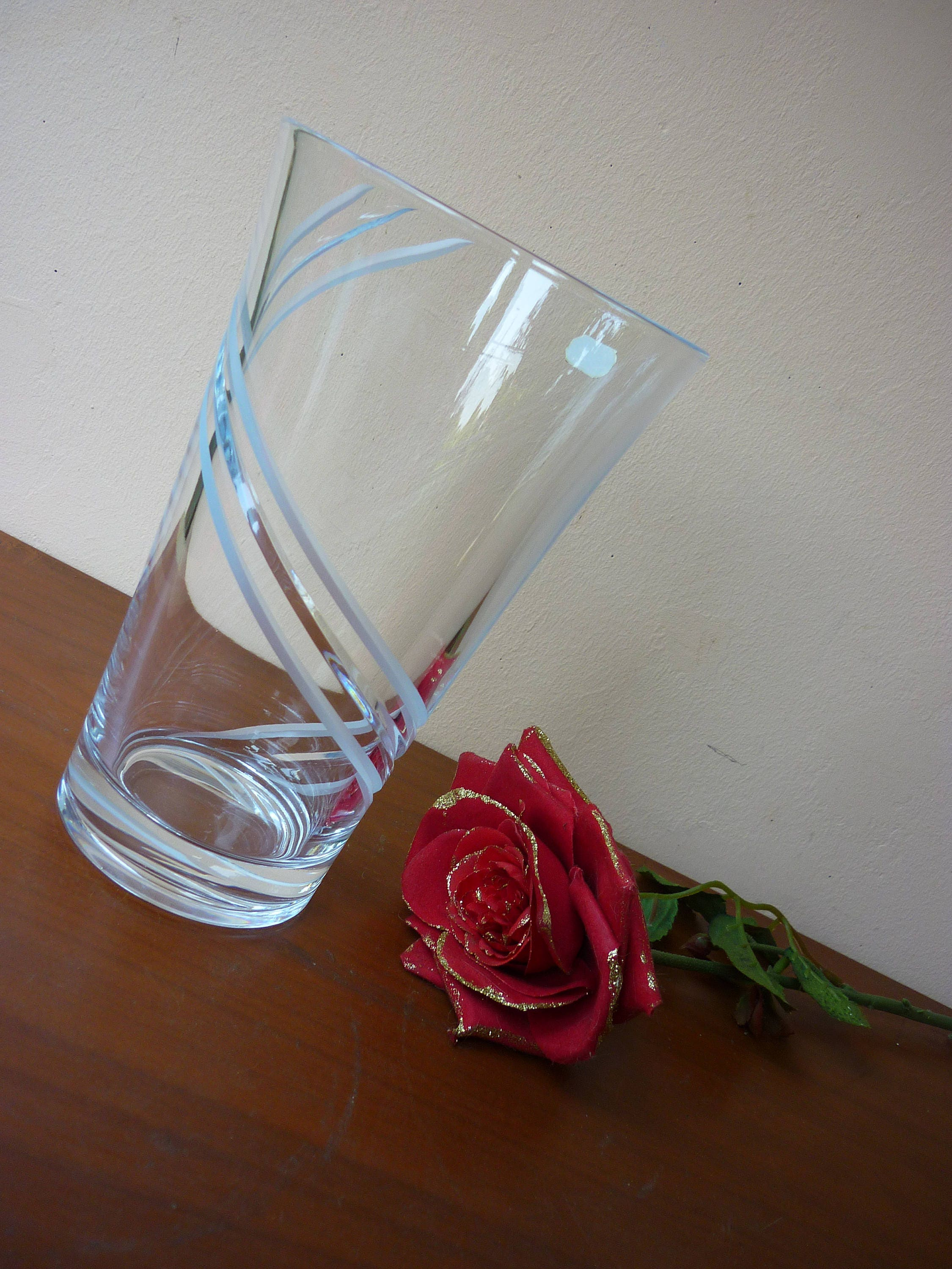 flower vase bud crystal hand cameo etched cut pin decor wedding vintage clear in made