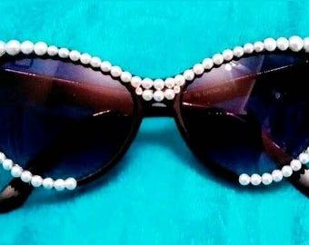 Black Cat Eye Sunglasses w/ Pearls & Swarovski
