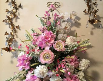 """Wedding """"Rentals"""" Silk Floral Arrangment for rent or purchase... Floral wall hanging"""