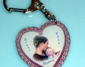 Carved heart mother's day photo keychain