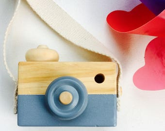Wooden toy camera/ wooden toys/ Scandinavian/ GreyBlue