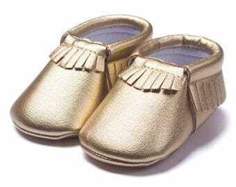 Browse this cute and playful selection of baby moccasins available at Gap. Cute Moccasins for Baby Find adorable and stylish footwear options for your little one with the exclusive collection of baby and toddler moccasins now available at Gap.
