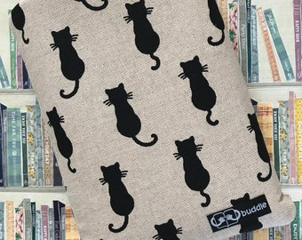 Buddle, small, padded book sleeve (cats)