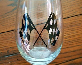 checkers/checkered/flags/wine/glass/racing/wine/nascar/dirt/track/asphalt/racefans/racetrack/circle