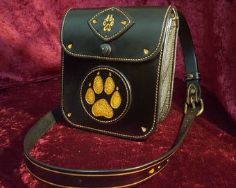 """""""Wolf paw"""" leather bag"""