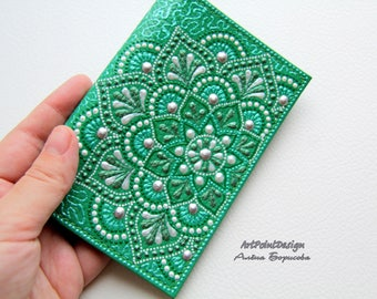 READY TO SHIP / Passport cover, leather passport holder, leather case, Green, Mandalas