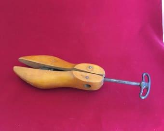 Antique Geo Belcher Stoughton Wooden Shoe Mold Stretcher #00 Men