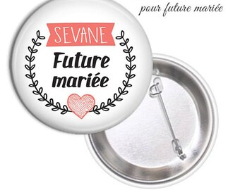 1 large model 75mm bride badge.. .personnalisable name date @8