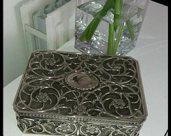 silver plate jewellery box
