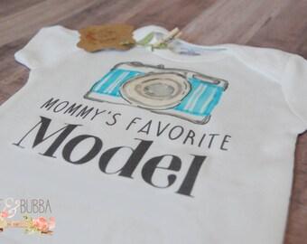 Camera Onesie®, Photographer Mommy's Favorite Model Onesie, Cute Baby Clothes, Baby Shower Gift, Funny Onesie, Hipster Bodysuit BeeAndBubba