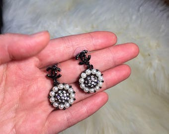 Gorgeous chanel Inspired shiny pearl drop earrings