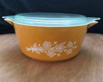 Vintage Butterfly Gold 2 Pyrex Casserole Dish