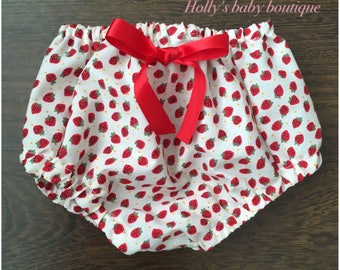 Girls strawberry bloomers knickers