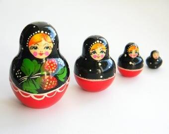 Vintage Nesting Dolls..Soviet Matryoshka.. Set of 4 Wooden Russian Nesting Doll..Russian MATRYOSHKA babushka nesting dolls