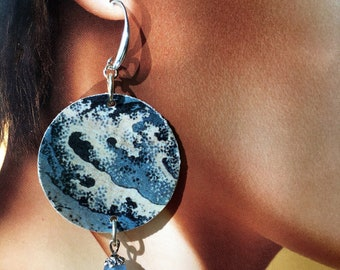 Hokusai, paper earrings, Japanese art, wave, man's strength.  Spring 2018.