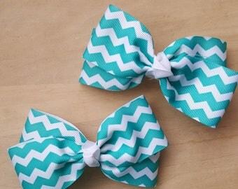 Turquoise hair bow | Zig zag hair bow
