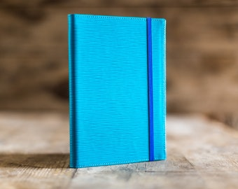 2018 weekly planner in Turquoise Epi leather, the perfect Christmas gift. Agenda 2018, diary in leather. Made in Italy.