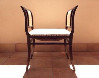 Dagobert cream leather and wood Chair