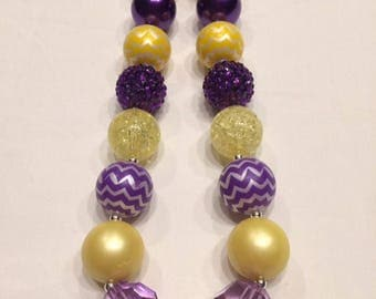 Chunky bead necklace LSU yellow and purple