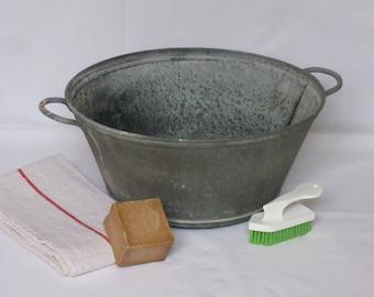 Zinc basin / galvanized zinc bucket / container with zinc / zinc Pot / Vintage zinc / home decor / Vintagefr.