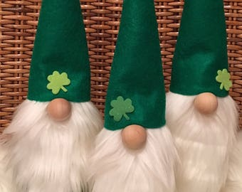 St. Patrick's Day Gnome Wine Bottle Toppers, St. Patrick's Day, Gnome Wine Bottle Toppers, Gnome Decor, St. Patrick's Day Gnome