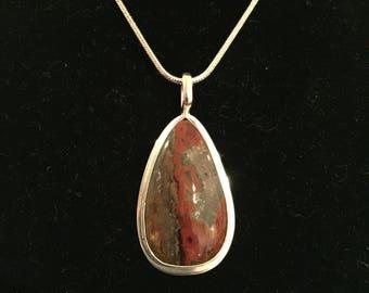 Kerrouchen Agate Pendant in Sterling Silver