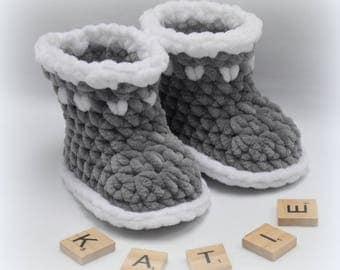 Baby Shoes Dolphin Crochet Pattern
